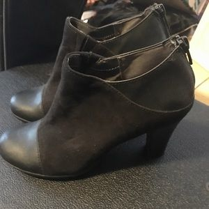 Black suede & faux leather heeled booties